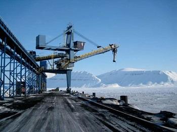 Băng tải cầu cảng thay thế sự vận chuyển nặng nhọc cho người lao động