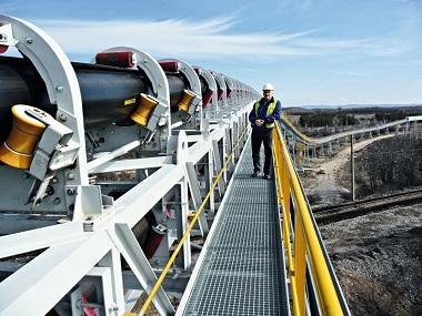 Băng tải công nghiệp chinh phục doanh nghiệp bởi tính năng hiệu quả