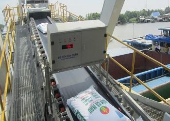 Băng tải đếm sản phẩm công nghệ kiểm tra chính xác số lượng hàng hóa
