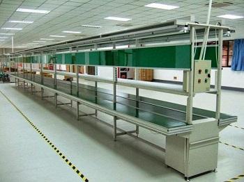 Băng tải khung nhôm định hình trong sản xuất công nghiệp