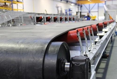 Băng tải là một phần quan trọng của ngành sản xuất