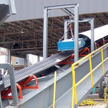 Địa chỉ cung cấp băng tải nâng hạ chất lượng cao