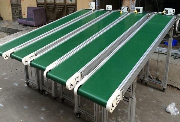 Lợi ích của việc sử dụng hệ thống băng tải hàng trong các ngành công nghiệp