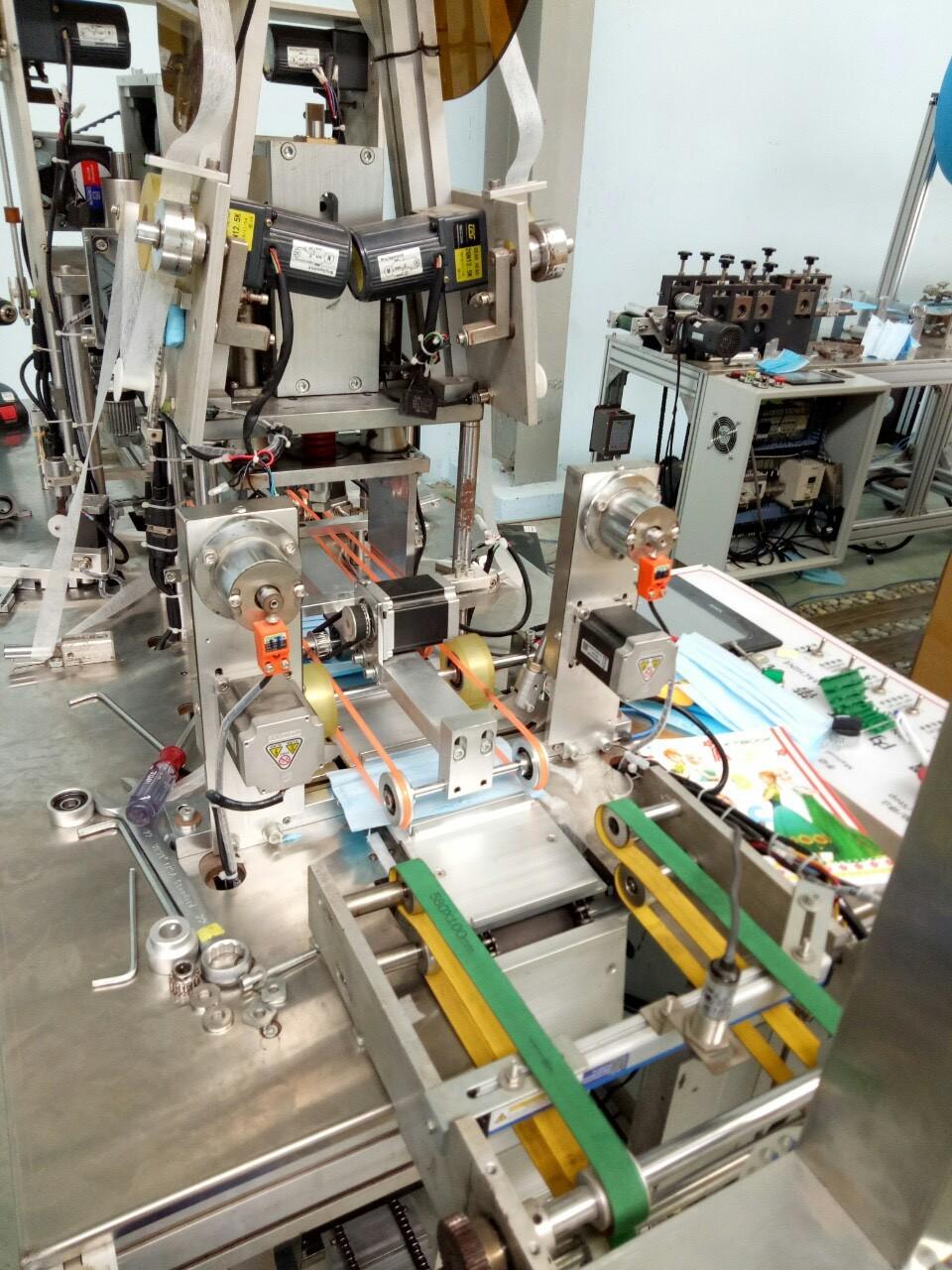 Máy sản xuất khẩu trang và vai trò quan trọng của khẩu trang phòng dịch covid-19