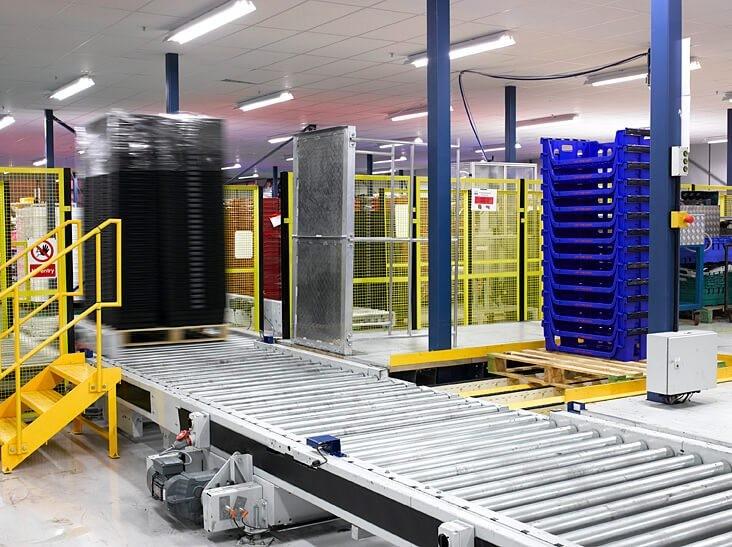 Nâng cấp băng tải truyền thống thành băng tải thông minh trong sản xuất