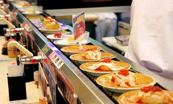 Những lựa chọn bạn nên tìm kiếm ở một băng tải thực phẩm