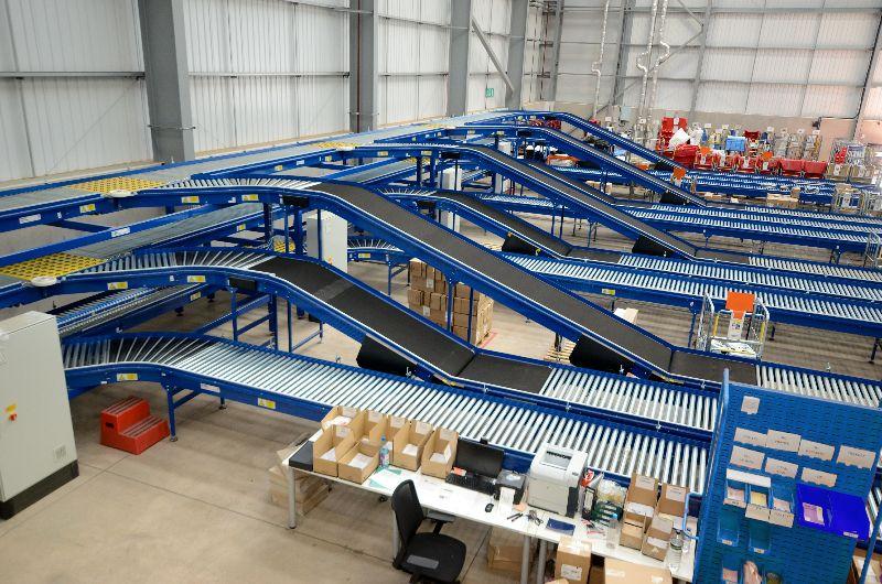 Ưu điểm của hệ thống băng tải công nghiệp